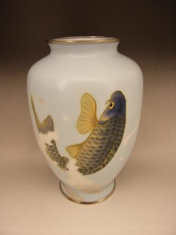 JAPANESE EARLY 20TH CENTURY KOI DESIGN CLOISONNE VASE BY SHOBIDO<br><font color=red><b>SOLD</b></font>