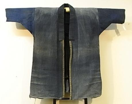 JAPANESE LATE 19TH CENTURY TO EARLY 20TH CENTURY COTTON JACKET