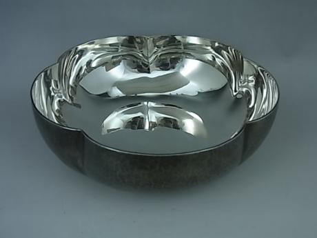 JAPANESE EARLY 20TH CENTURY PURE SILVER PLUM BLOSSOM SHAPED BOWL<br><font color=red><b>SOLD</b></font>