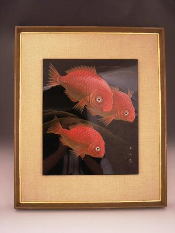 JAPANESE MID 20TH CENTURY LACQUER PLACQUE OF PERCH FISH BY YAMAZAKI RYUZAN<br><font color=red><b>SOLD</b></font>