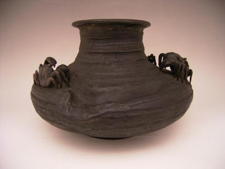 JAPANESE EARLY 20TH CENTURY BRONZE VASE WITH CRAB DESIGN<br><font color=red><b>SOLD</b></font>