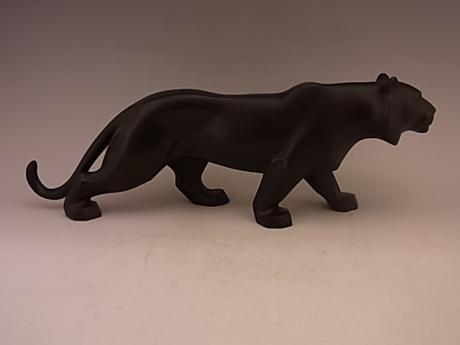 JAPANESE EARLY TO MID 20TH CENTURY ART DECO DESIGN BRONZE TIGER<br><font color=red><b>SOLD</b></font>