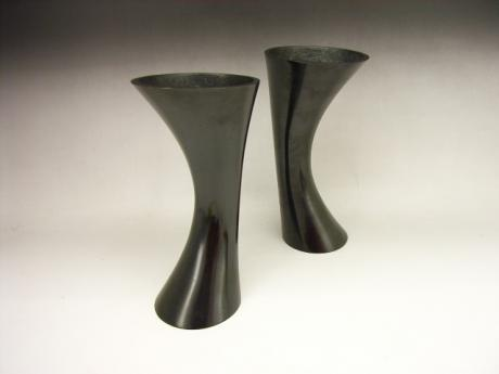 JAPANESE EARLY 20TH CENTURY BRONZE PAIR OF HORN SHAPED VASES<br><font color=red><b>SOLD</b></font>