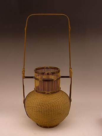 JAPANESE 20TH CENTURY BAMBOO BASKET BY OKADA SESSAI<br><font color=red><b>SOLD</b></font>