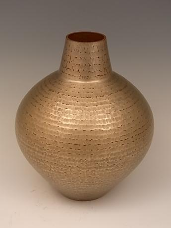 JAPANESE 20TH CENTURY HAND-HAMMERED COPPER VASE BY GYOKUSENDO<br><font color=red><b>SOLD</b></font>