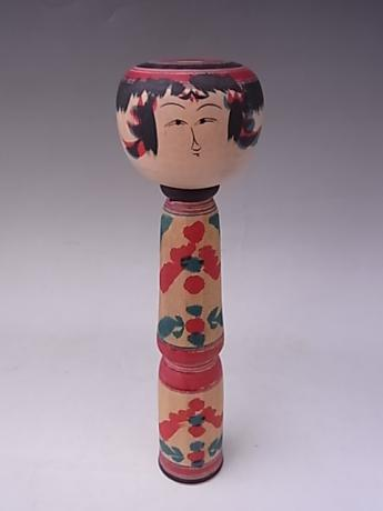 JAPANESE MID 20TH CENTURY MEDIUM WOODEN KOKESHI