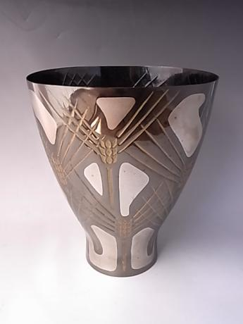 JAPANESE 20TH CENTURY BLACKED BRONZE VASE BY TERAMOTO YOSHISHIGE<br><font color=red><b>SOLD</b></font>