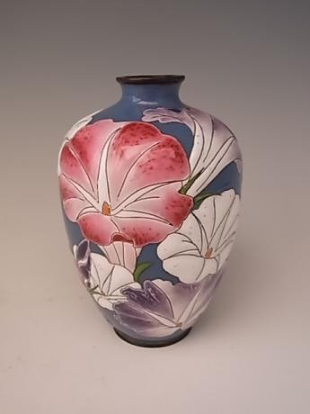 JAPANESE EARLY 20TH CENTURY CLOISONNE VASE WITH MORIAGE MORNING GLORY DESIGN<br><font color=red><b>SOLD</b></font>