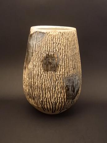 JAPANESE 20TH C. CERAMIC VASE BY SUGITA EISUKE