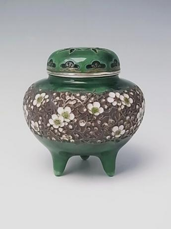 JAPANESE EARLY 20TH CENTURY CLOISONNE KORO WITH THREE FRIENDS - SHOCHIKUBAI - DESIGN<br><font color=red><b>SOLD</b></font>