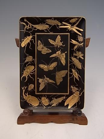 JAPANESE EARLY 20TH CENTURY KOMAI INSECT DESIGN MINI TRAY<br><font color=red><b>SOLD</b></font>