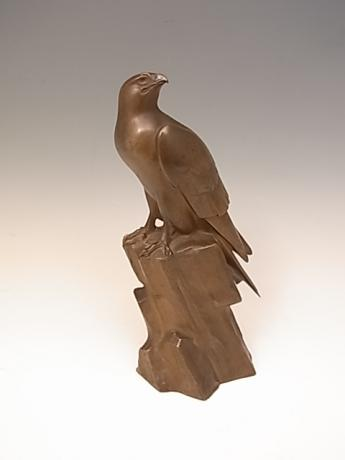 JAPANESE CIRCA 1936 BRONZE HAWK BY TSUDA SHINOBU<br><font color=red><b>SOLD</b></font>