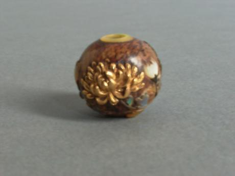 WOOD, GOLD AND SHELL CHRYSANTHEMUM DESIGN OJIME <br><font color=red><b>SOLD</b></font>