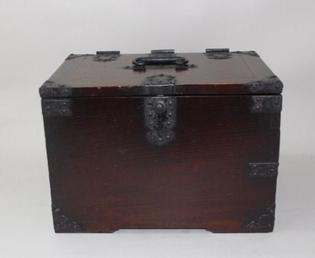 JAPANESE EARLY 20TH CENTURY WOODEN CALLIGRAPHY BOX WITH LOCK AND KEY<br><font color=red><b>SOLD</b></font>