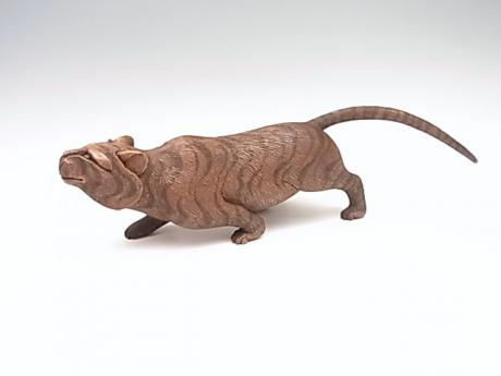 JAPANESE EARLY 20TH CENTURY CARBED WOODEN TIGER <br><font color=red><b>SOLD</b></font>