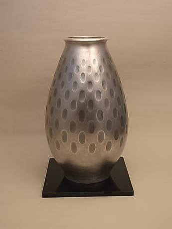JAPANESE MID 20TH CENTURY (Circa  1960) PURE SILVER THUMB PRINT DESIGN VASE