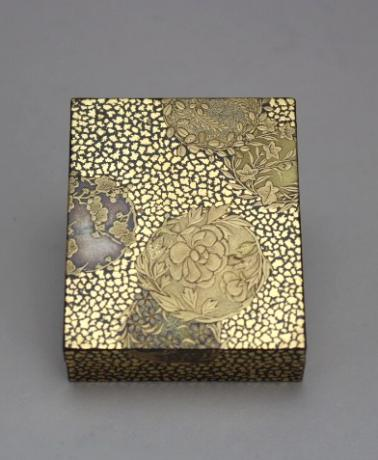 JAPANESE MEIJI PERIOD LACQUER KOGO WITH CIRCULAR FLORAL DESIGNS<br><font color=red><b>SOLD</b></font>