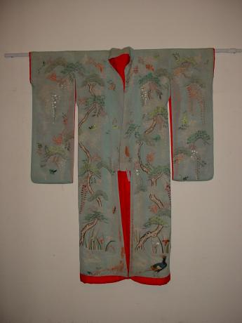 MID 19TH CENTURY EMBROIDERED FURISODE KIMONO<br><font color=red><b>SOLD</b></font>
