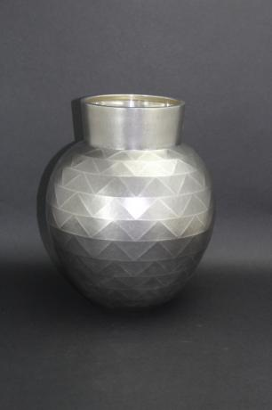 JAPANESE MID 20TH CENTURY PURE SILVER VASE WITH GEOMETRIC DESIGN<br><font color=red><b>SOLD</b></font>
