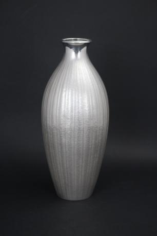 JAPANESE MID 20TH CENTURY PURE SILVER VASE BY MITSUYUKI<br><font color=red><b>SOLD</b></font>