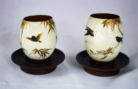 JAPANESE MEIJI PERIOD LACQUERED PAIR OF EGGS