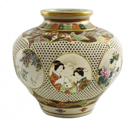 JAPANESE EARLY 20th CENTURY RETICULATED SATSUMA VASE by RYOZAN