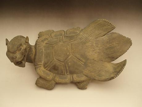 JAPANESE MEIJI PERIOD MINOGAME ROOF TILE <br><font color=red><b>SOLD</b></font>