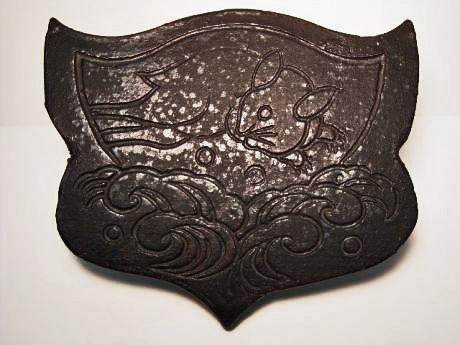 JAPANESE 20TH CENTURY RABBIT DESIGN ROOF TILE