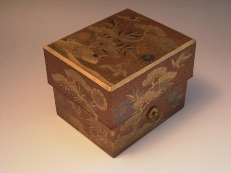 JAPANESE 19TH CENTURY LACQUER INCENSE BOX<br><font color=red><b>SOLD</b></font>