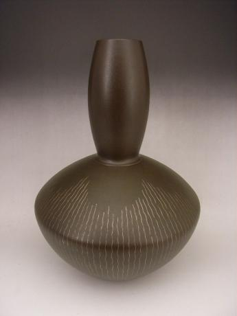 JAPANESE 20TH CENTURY BRONZE VASE BY SANO HIROYUKI<br><font color=red><b>SOLD</b></font>