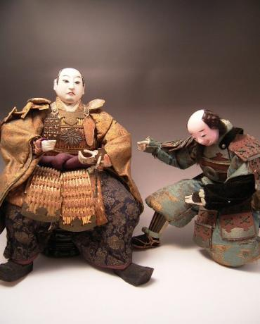 JAPANESE E. MEIJI PERIOD SAMURAI DOLL SET<br><font color=red><b>SOLD</b></font>