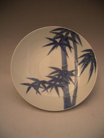 JAPANESE 19TH CENTURY NABESHIMA BAMBOO DESIGN PLATE<br><font color=red><b>SOLD</b></font>