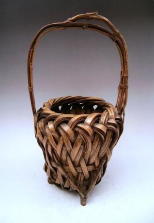 JAPANESE 20TH CENTURY SMALL BAMBOO FLOWER BASKET<br><font color=red><b>SOLD</b></font>