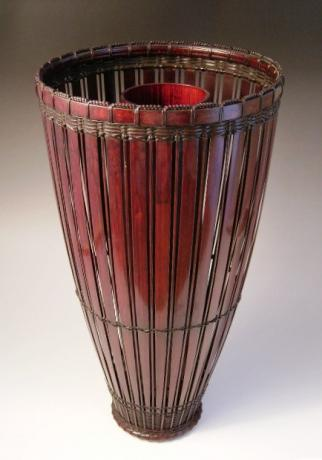 JAPANESE E. 20TH CENTURY BAMBOO FLOWER BASKET BY CHIKUUNSAI II<br><font color=red><b>SOLD</b></font>