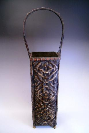 JAPANESE EARLY-MID 20TH CENTURY BAMBOO FLOWER BASKET