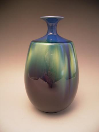 JAPANESE 20TH CENTURY VASE BY LNT TOKUDA YASOKICHI III<br><font color=red><b>SOLD</b></font>