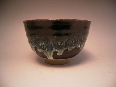 JAPANESE 20TH CENTURY TEA BOWL<br><font color=red><b>SOLD</b></font>