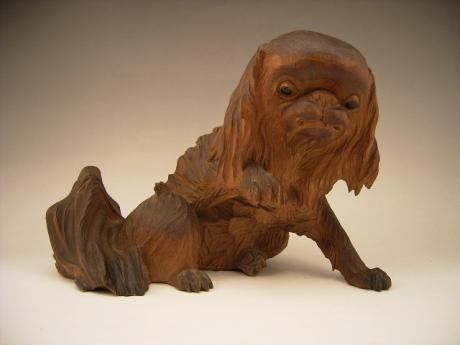 JAPANESE EARLY 20TH CENTURY WOODEN PEKINESE DOG<br><font color=red><b>SOLD</b></font>