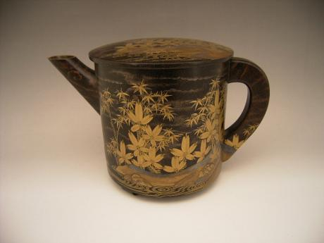 JAPANESE 19TH CENTURY LACQUER WATER PITCHER<br><font color=red><b>SOLD</b></font>