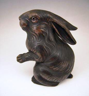 JAPANESE 20TH CENTURY BIZEN WARE RABBIT