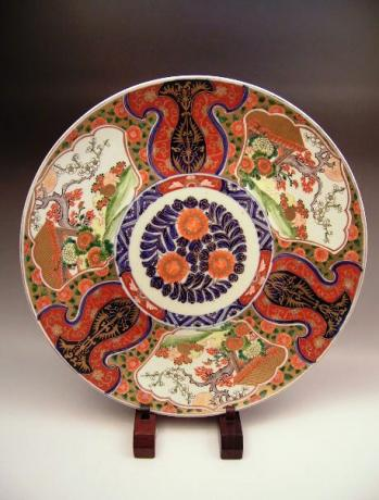 JAPANESE LARGE 19TH CENTURY IMARI CHARGER<br><font color=red><b>SOLD</b></font>