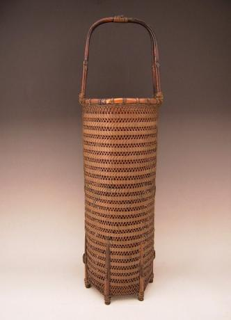 JAPANESE CIRCA 1900 FINELY WOVEN BASKET BY HOUCHIKU<br><font color=red><b>SOLD</b></font>