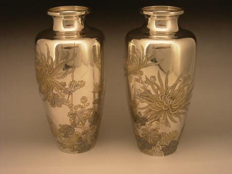 JAPANESE CIRCA 1900 PAIR OF SILVER VASES WITH CHRYSANTHEMUM DESIGN<br><font color=red><b>SOLD</b></font>