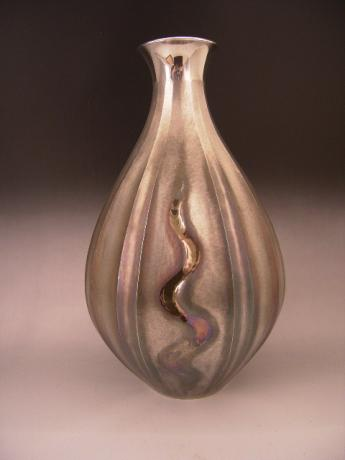 JAPANESE EARLY 20TH CENTURY SILVER VASE MADE FOR SHOBIDO<br><font  color=red><b>STOLEN</b</font>