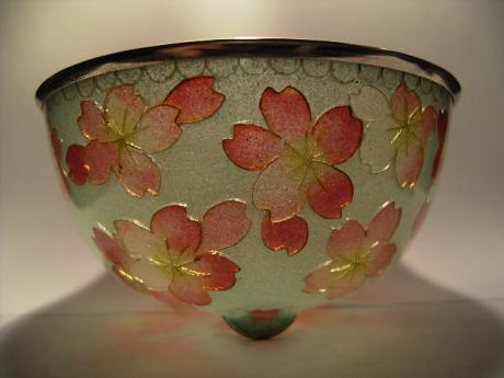 JAPANESE 20TH CENTURY CHERRY BLOSSOM DESIGN BOWL<br><font color=red><b>SOLD</b></font>