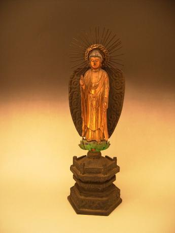 JAPANESE EARLY 20TH CENTURY STANDING STATUE OF AMIDA-BUTSU BUDDHA<br><font color=red><b>SOLD</b></font>
