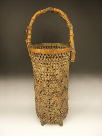 JAPANESE EARLY 20TH CENTURY BAMBOO FLOWER BASKET WITH BAMBOO HANDLE