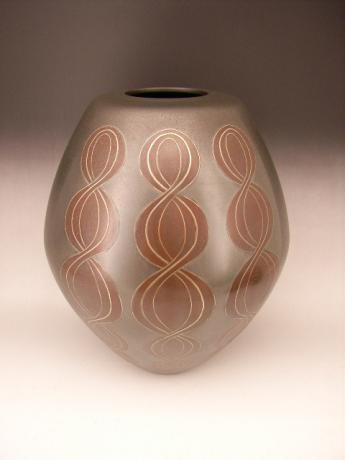 JAPANESE 20TH CENTURY BRONZE VASE BY ARISU BIZAN<br><font color=red><b>SOLD</b></font>
